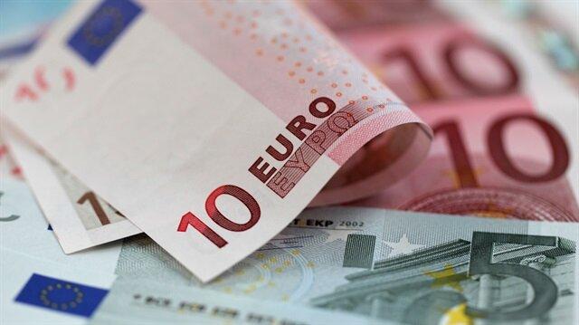 Euro/TL tarihte ilk kez 4,75'in üzerine çıktı.