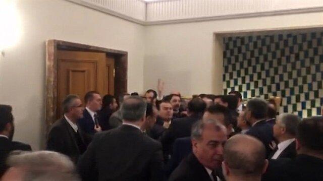 Meclis'te kavga anları kameralara böyle yansıdı!
