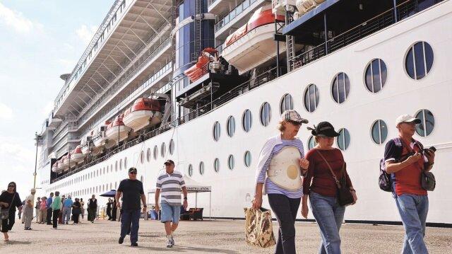 Kıyıya doyduk 'cruise'a açıldık