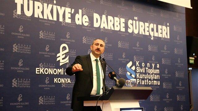 Adalet Bakanı Gül, darbe davalarının yarısının sonuçlandığını açıkladı.