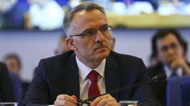 Maliye Bakanı Naci Ağbal.