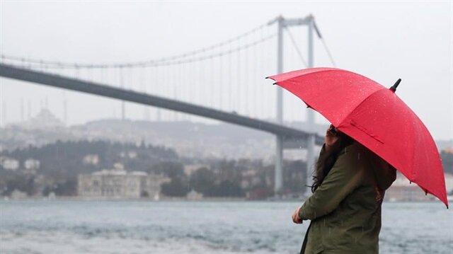 İstanbul için sağanak yağış uyarısı yağıldı.