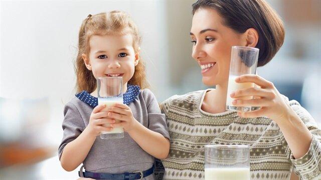 Türkiye'de bir kişi yıllık 34 kilogram süt içiyor.