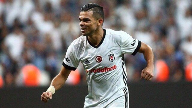 İçelspor'u şampiyonluğundan dolayı tebrik edenler arasında Beşiktaş'ın yıldızı Pepe de vardı.