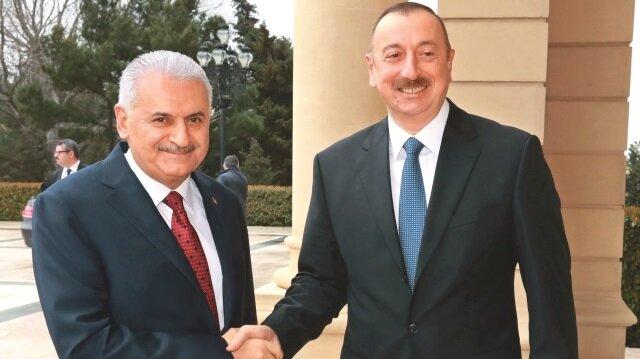 Başbakan Binali Yıldırım, Azerbaycan Cumhurbaşkanı İlham Aliyev ile bir araya geldi.
