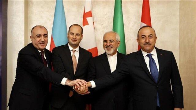 Iran backs Kashmir cause, asks Pakistan to join Chabahar project