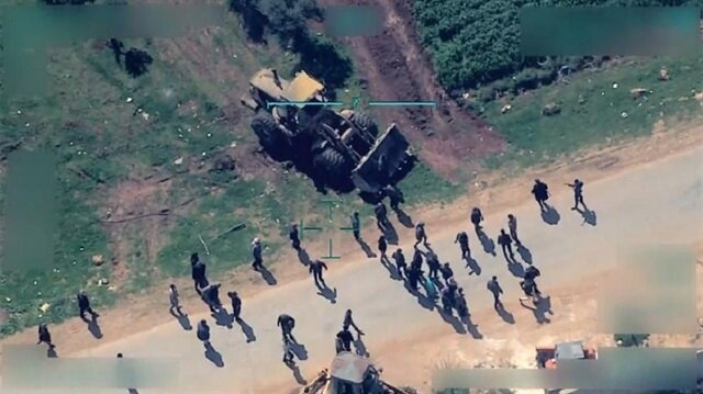YPG/PKK trenches prevent civilians from leaving Afrin