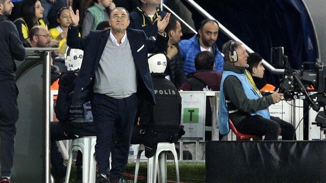 Galatasaray'ın resmi hesabı kaçan gole inanamadı