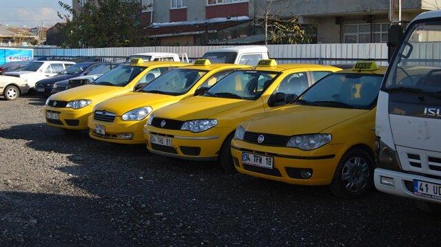 Taksi plakaları 100 bin lira değer kaybetti