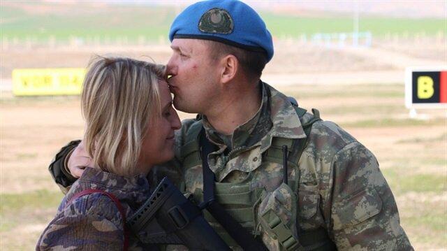 Şehit Binbaşı Mithat Dunca'yı eşi Afrin'e böyle uğurlamıştı