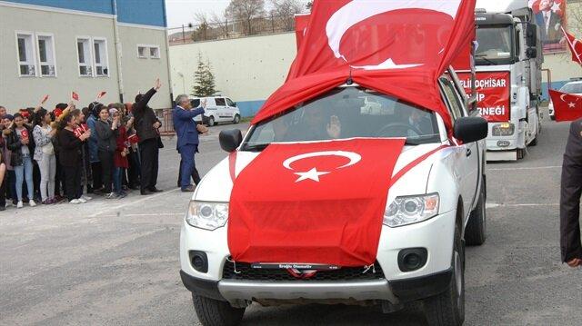 Ankara'dan Mehmetçik'e destek gönderildi