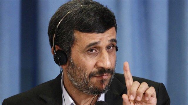 Ahmedinejad ABD ve İsrail'le bir yol tutmakla suçlanıyor