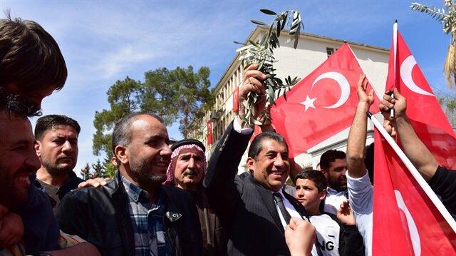 في قلب تركيا.. هكذا احتفل سوريون بتحرير عفرين من الإرهاب