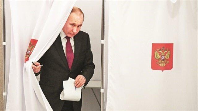 بوتين يفوز برئاسة محسومة له أصلًا