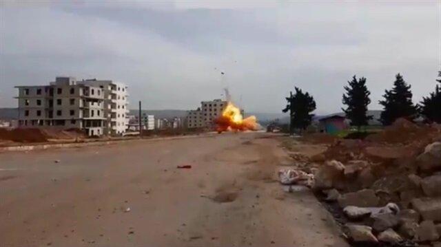 Bomba yüklü araç böyle imha edildi