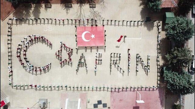 Türk ve Suriyeli öğrencilerden Afrin kareografisi