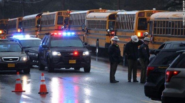ABD'de yine okulda öğrencilere silahlı saldırı