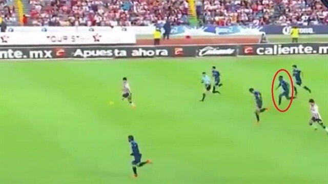 Bursaspor'un eski futbolcusundan akılalmaz depar