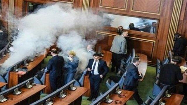 فوضى داخل برلمان كوسوفو خلال التصديق على ترسيم الحدود