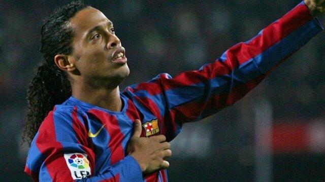 Barcelona, Ronaldinho'nun en iyi 5 golünü paylaştı