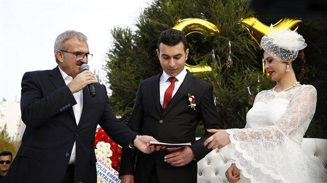 Polis memuru kendisini kaza ile vuran meslektaşıyla evlendi
