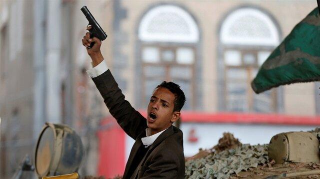 Gunmen raid office of prominent daily in Yemen's Aden