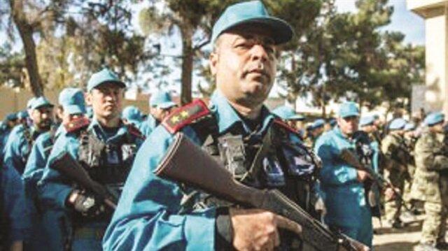 Bin polis geliyor