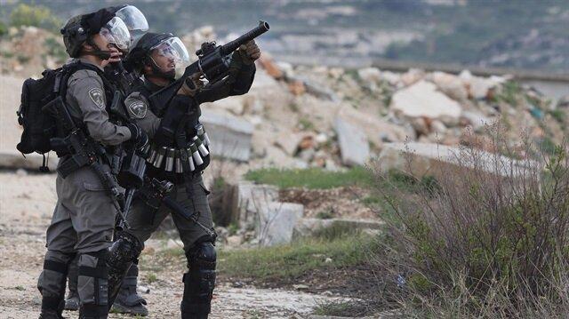 İsrail askerleri 10 Filistinliyi yaraladı