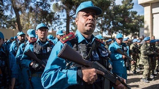 عناصر شرطة سوريّون درّبتهم تركيا سيتولون