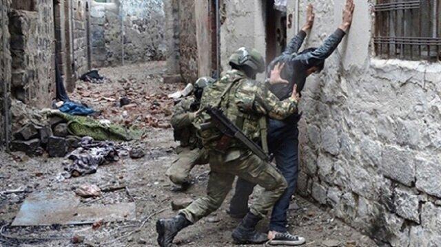 Afrin'de yakalanan YPG'li teröristten Münbiç itirafı