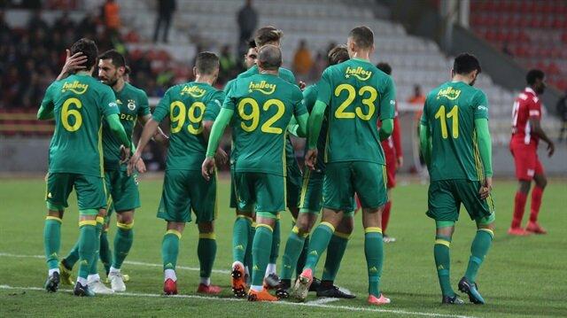 6-2'lik maçta kavga çıktı