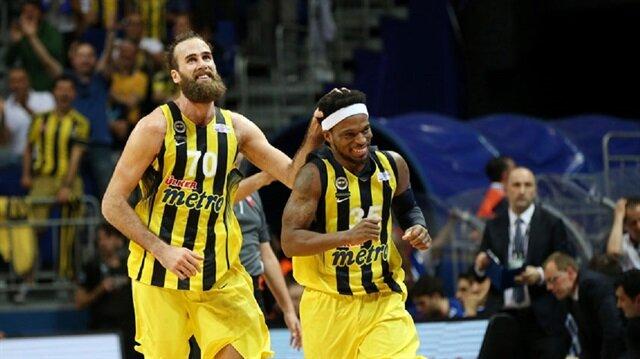 Fenerbahçe'nin İtalyan yıldızı Datome, kısa forvet pozisyonunda oynuyor.