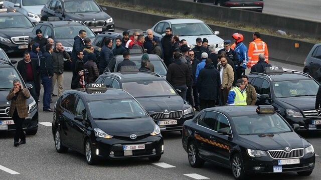 Uber protestosu çevre yolunu kapattı