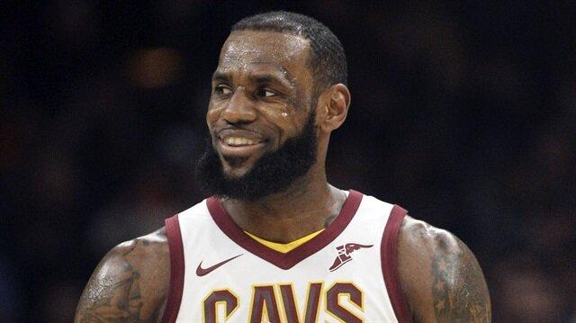 LeBron James, Jordan'ın rekorunu kırdı