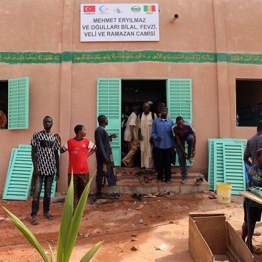 Cansuyu Mali'de okul ve cami açtı