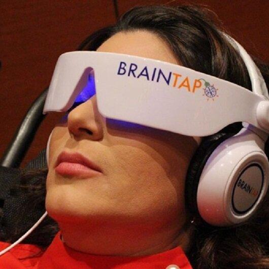تحفيز المخ بالكهرباء يعالج الاكتئاب.. والوزن الزائد