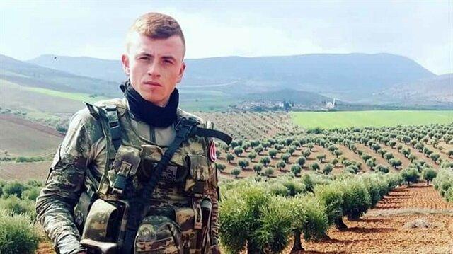 Arkadaşının silahıyla kendini yanlışlıkla vuran Uzman onbaşı İsmail Tugay Özcan hayatını kaybetti.