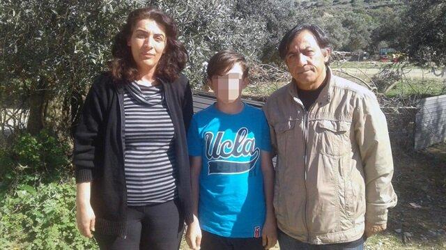 Çanakkale'de saçına toka takıldığı iddia edilen çocuğun ailesi öğretmen hakkında suç duyurusunda bulundu.