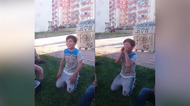 Ağzıyla korna çalan çocuk hayrete düşürdü