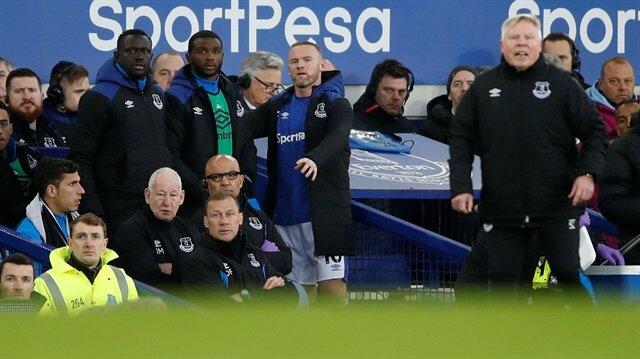 Wayne Rooney hocasına küfür etti