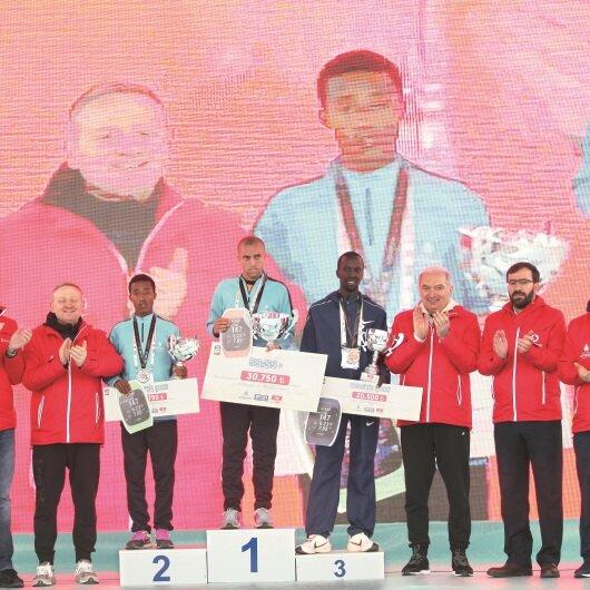 Vodafone İstanbul Yarı Maratonu'nda rekor çıktı