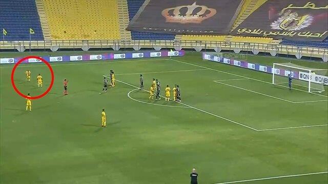 Sneijder'den Katar'ı sallayan füze!
