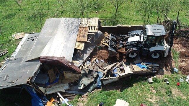 İstanbul'daki dehşet çiftliği yıkıldı