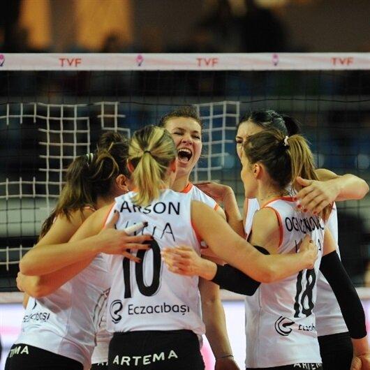 Voleybol Kadınlar CEV Kupası'nda Eczacıbaşı VitrA şampiyonluğu garantiledi