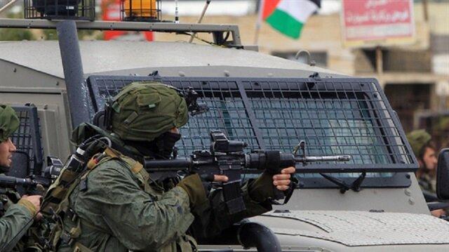 İsrail işgal güçleri Gazze sınırında 8 Filistinliyi yaraladı