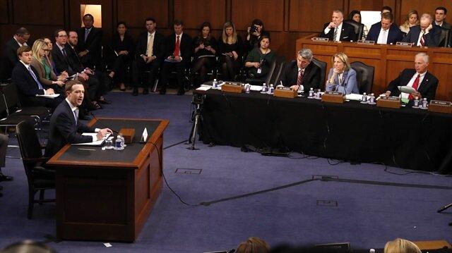 Zuckerberg: Facebook'ta olanlardan ben sorumluyum