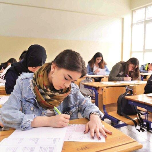 Bin 369 liseye 126 bin öğrenci