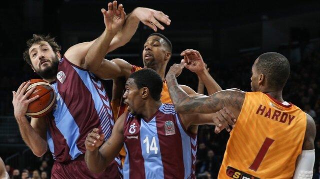 Trabzonspor Erkek Basketbol Takımı'nda yabancı oyuncular maça çıkmama kararı aldı.