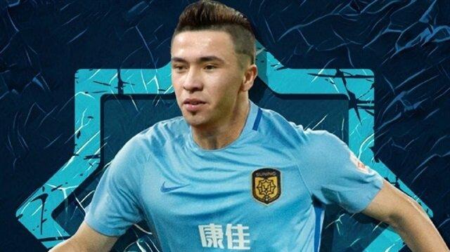 Uygur Türkü futbolcuyu toplama kampına gönderdiler