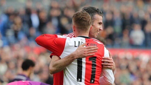 Robin Van Persie, Ocak ayında transfer olduğu Feyenoord formasıyla 6 gol attı.